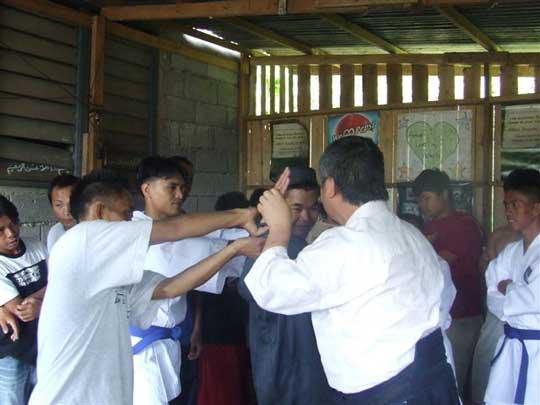 Homma Kancho teaching Aikido.