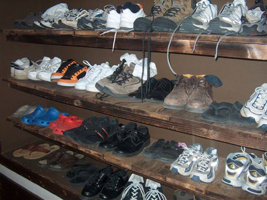 I wonder how many shoes will be left on the last day of this Beginner's class…