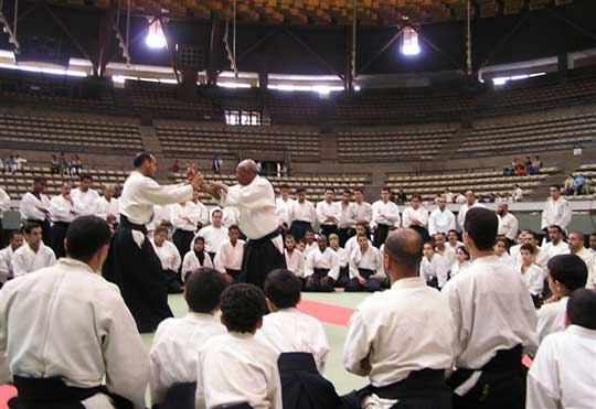 Alaoui M'barek Sensei teaching in Casa Blanca.